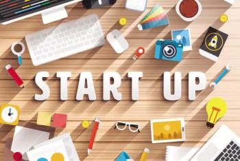 Leaderless Autonomous Startups