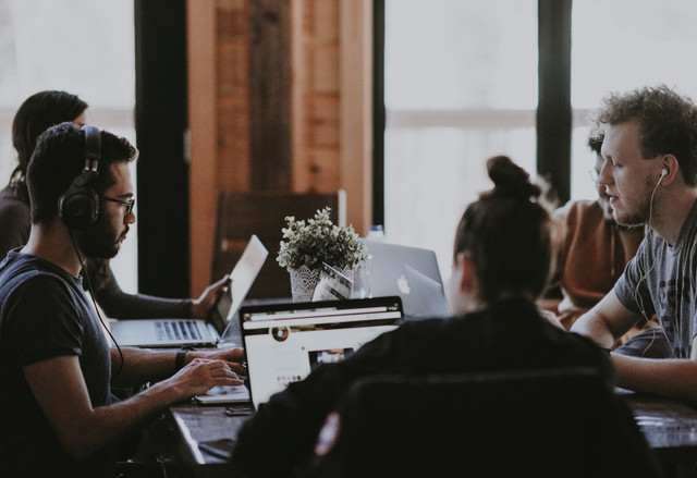 5 Reasons to Host an Internal Hackathon for Your Organization